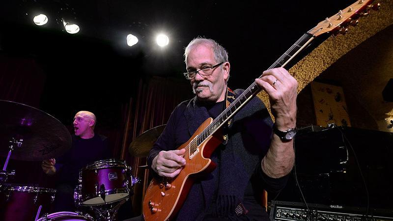 The Hot Box #018 Xtra - John Abercrombie